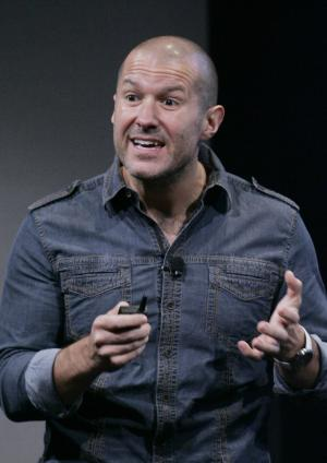 FILE - In this Oct. 14, 2008 file photo, Jonathan Ive, Apple senior vice president of Industrial Design, at an Apple meeting in Cupertino, Calif.  Ive has led Apple's industrial design team, responsible for the look and feel of the hardware, since 1996.  (AP Photo/Paul Sakuma, File)