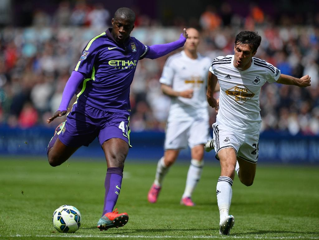 Toure to stay at Manchester City - agent