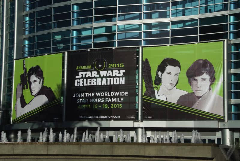 Watch Carrie Fisher and Darth Maul interviewed live from Star Wars Celebration