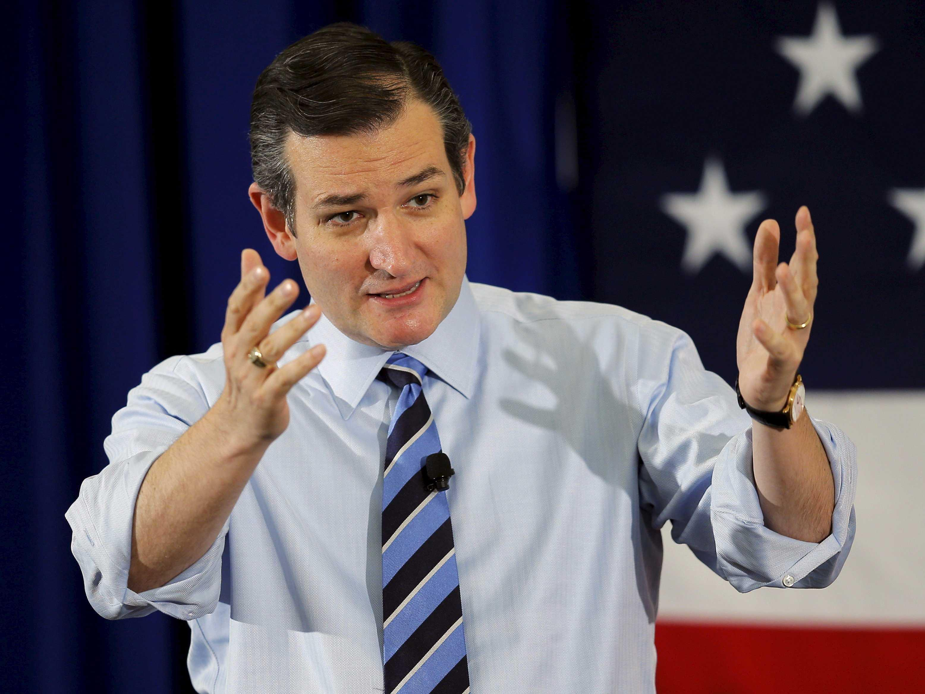 Gay hotel owners 'deeply sorry' for hosting Ted Cruz event