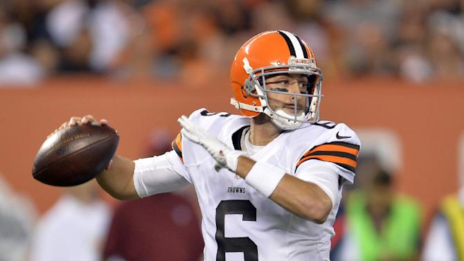 Hoyer, Manziel lead Browns over Bears 33-13