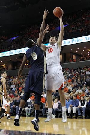 Gill's 18 help Virginia beat Navy 67-42