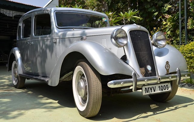 Sulaiman Jamal&amp;#39;s vintage cars treasure history on wheels