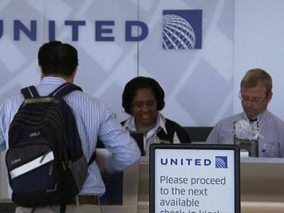Computer outage strands United fliers