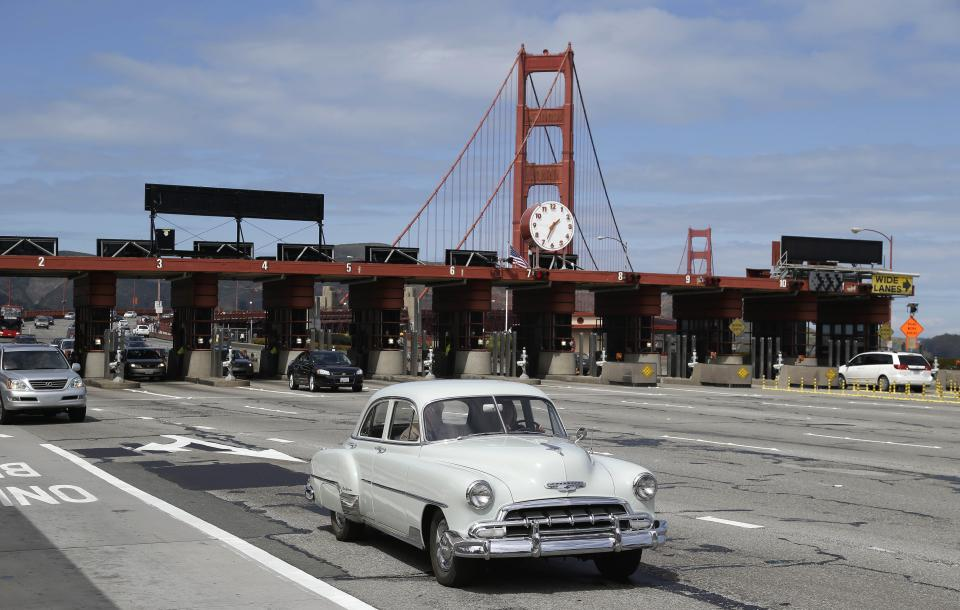 Golden Gate Bridge to go to digital toll system