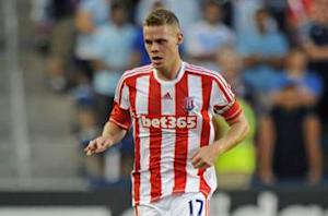 Shawcross signs Stoke contract through 2018