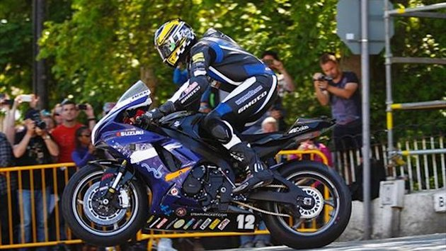 Kneen to ride with BE Racing for 2014 roads season