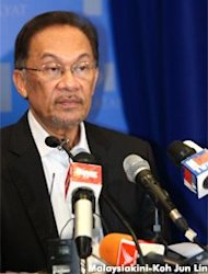 Pakatan calls for Parliament session on Sabah standoff