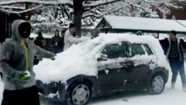 Oregon Football Player Suspended for Snowball Fight, Others Could Face Charges (ABC News)