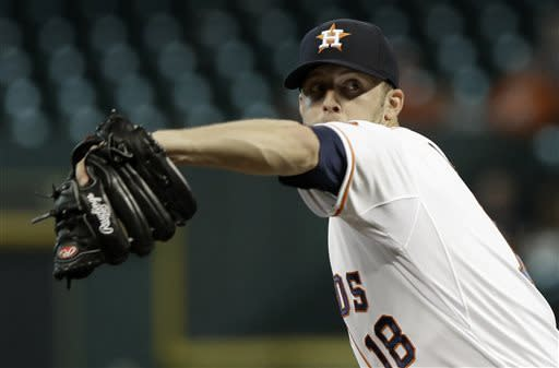 Astros win series with 3-1 victory over Royals