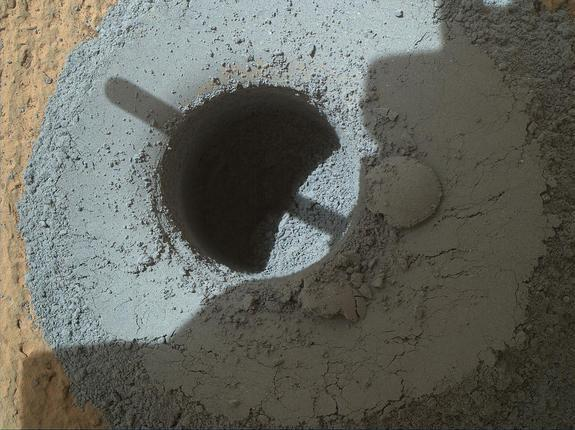 Curiosity Rover Drills into Mars Mountain Again (Photo)