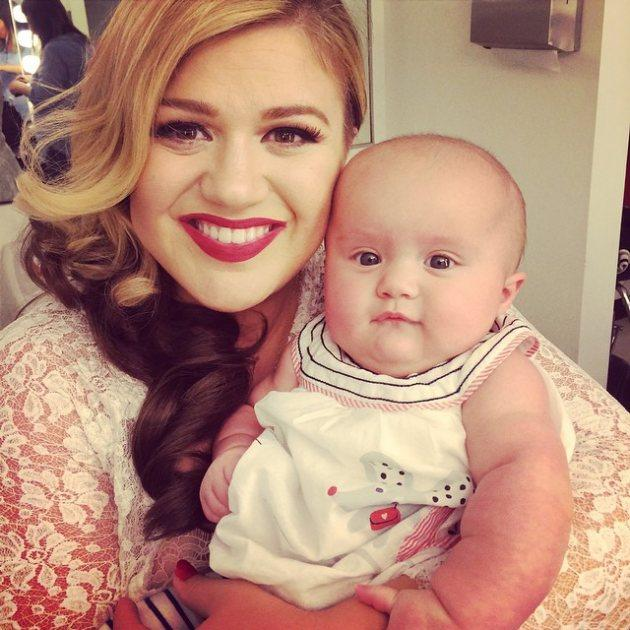 Kelly Clarkson: Baby Matchmaker