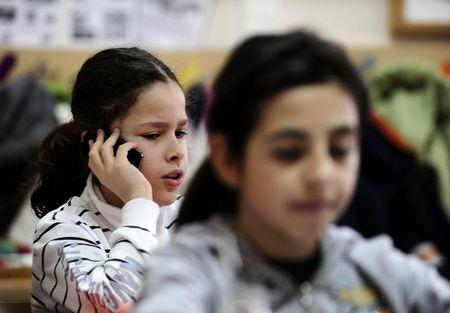New York lifts years-long ban on cellphones in public schools