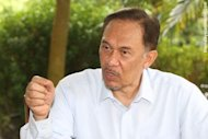 Pakatan to hold rush meet over 'Allah' issue, Anwar says