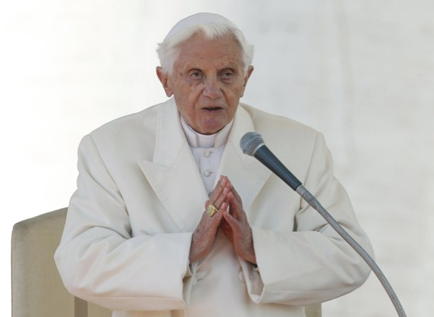 Pope Benedict XVI finishes his last general audience in St Peter's Square at the Vatican
