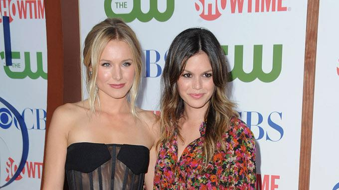 "Kristen Bell of ""House of Lies"" and Rachel Bilson of ""Hart of Dixie"" attend the CBS, The CW, and Showtime 2011 Summer TCA Party at The Pagoda on August 3, 2011 in Beverly Hills, California."