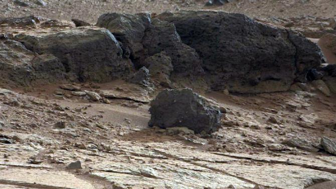 Curiosity rover to head toward Mars mountain soon