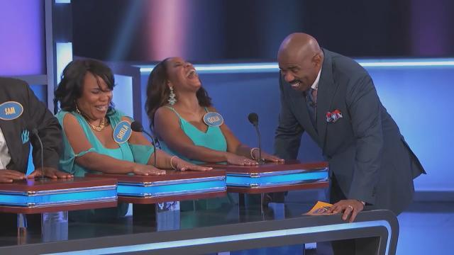 This Is What Happens When a 'Family Feud' Contestant Doesn't Understand How to Play 'Family Feud'
