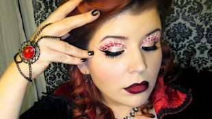 Goldie Starling&amp;#39;s sultry, DIY Spider Queen look for Halloween. (Photo: Goldie Starling/Facebook)