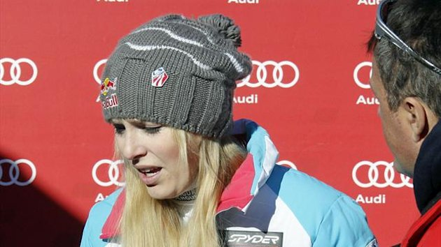 Lindsey Vonn of the U.S. reacts as she leaves after the the Women's World Cup Downhill skiing race in Val d'Isere, French Alps, December 21, 2013 (Reuters)