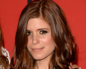In Nod to 'House of Cards,' Kate Mara to Present Emmy Nominees With Aaron Paul