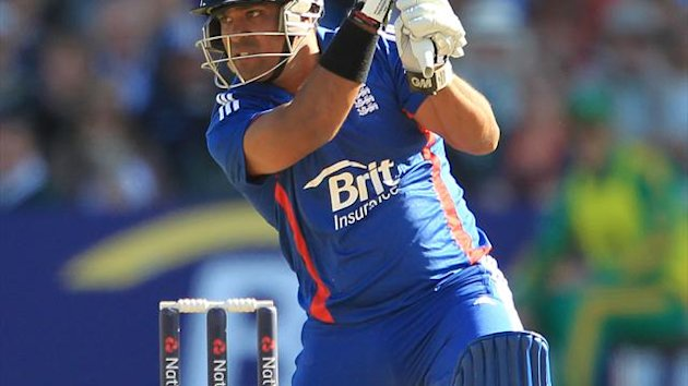 Samit Patel's 44 not out in 20 balls helped England to victory in the first ODI