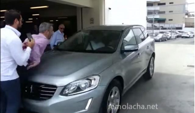 Volvo Self-Parking Demonstration Goes Horribly Wrong: Video