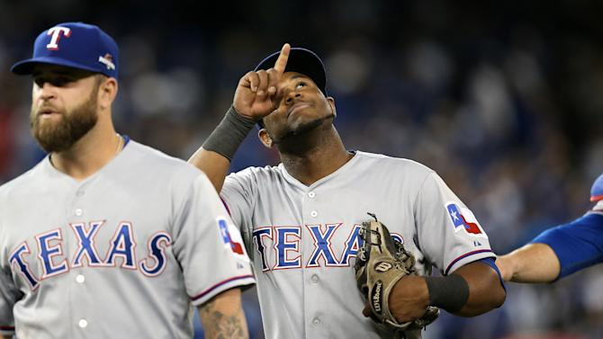 Baseball - Rangers edge Blue Jays in 14 innings, stretch series lead