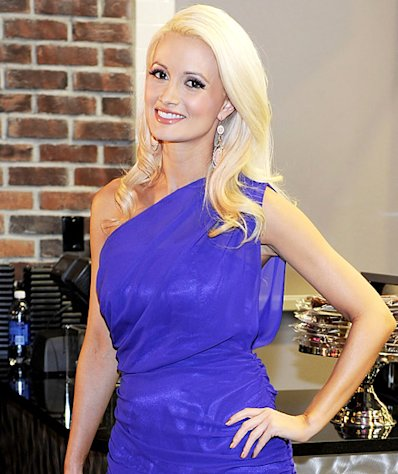 Holly Madison Is Pregnant With Her First Child!
