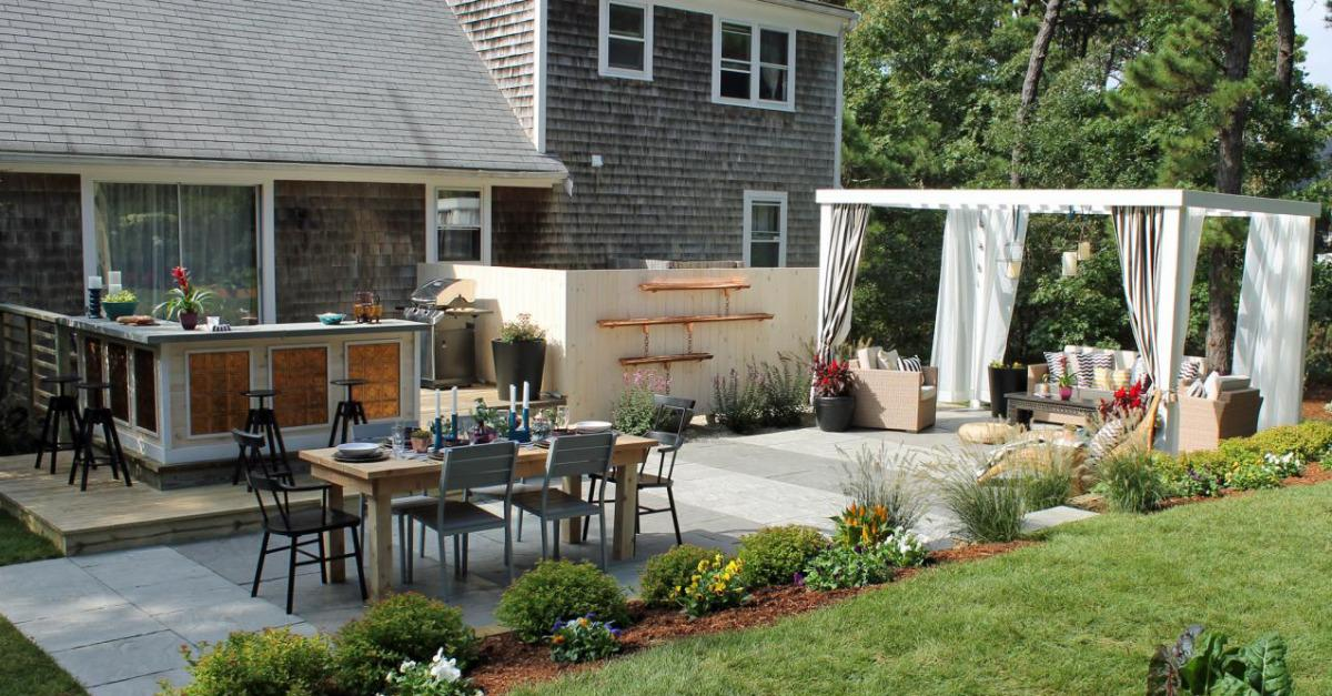 15 Amazing Backyard Transformations