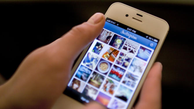 Review: Warming up to photo-sharing app Instagram
