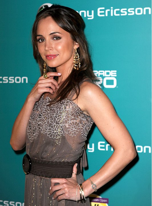 Eliza Dushku arrives at the Sony Ericsson VIP Party at Liv Nightclub at the Fontainebleau Miami Beach on March 25, 2009 in Miami Beach, Florida.