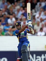 Mahela Jayawardene's Sri Lanka will take on West Indies in the final