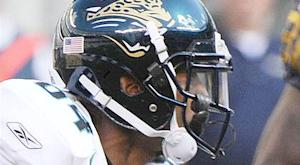 Jaguars place WR Shorts, RB Jennings on I.R