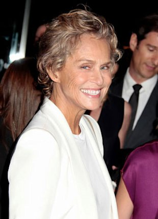 Lauren Hutton Chopped Off Her Hair With A Pair of Shears Because She Was 'Depressed'