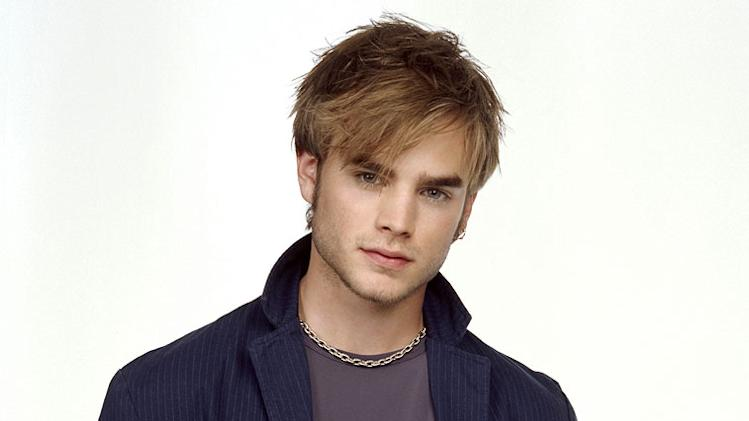 David Gallagher stars as Simon Camden in 7th Heaven on The CW.