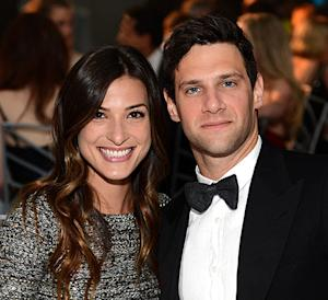 Justin Bartha Marries Trainer Lia Smith In Hawaii, Reese Witherspoon and Husband Jim Toth Attend