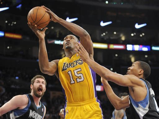 Sessions debuts, Lakers beat Wolves for 19th time