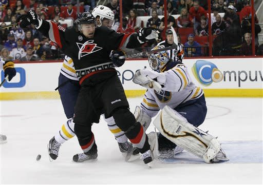 Staal's 3 points lift Hurricanes past Sabres 4-2