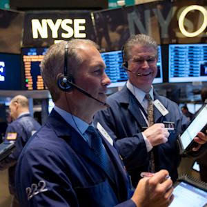 Stocks Start Higher as Investors React Positively to Earnings