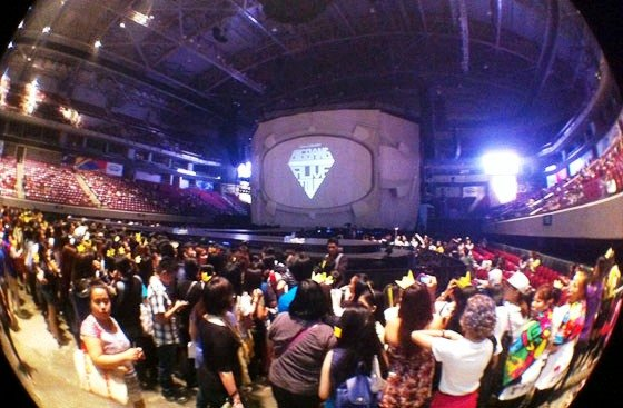 Filipino fans of BigBang, called the VIPs, wait for their idols to walk the stage during the Manila stop of their 2012 Galaxy Tour on Oct. 24, 2012 at the Mall of Asia Arena, Manila, Philippines. (Photo by Erikson Tan)