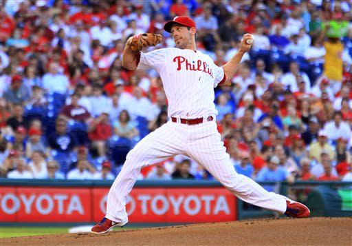 Quintero, Howard help Lee, Phillies beat Braves
