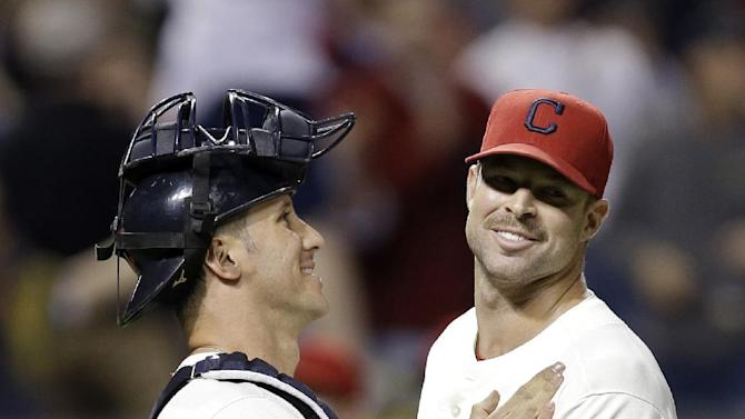 Kluber's 5-hitter leads Indians over White Sox 3-1
