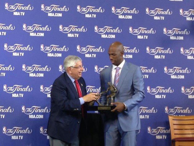 Chauncey Billups wins NBA's inaugural Twyman-Stokes Teammate of the