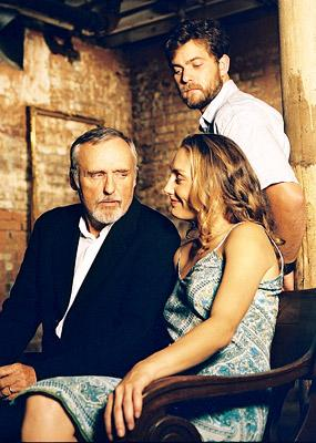 Dennis Hopper , Joshua Jackson and Ruthanna Hopper in New Films International's Americano