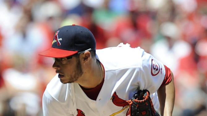 Cardinals avoid sweep, beat Cubs 8-4