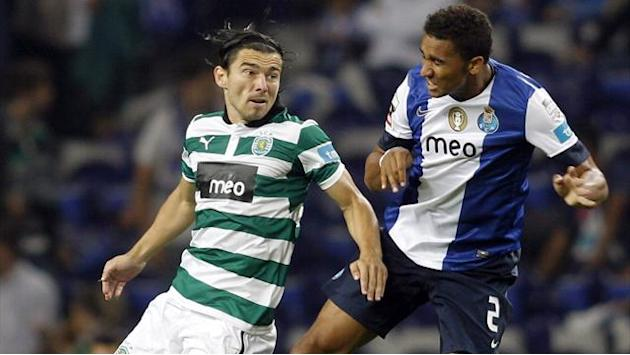 World Football - Porto lead in peril after draw at Sporting