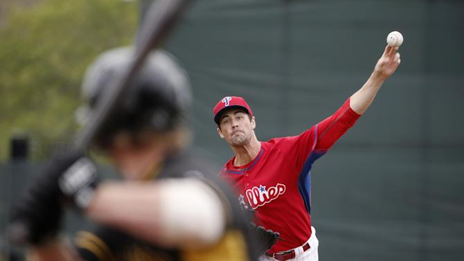 Phillies place Hamels, 5 others on 15-day DL
