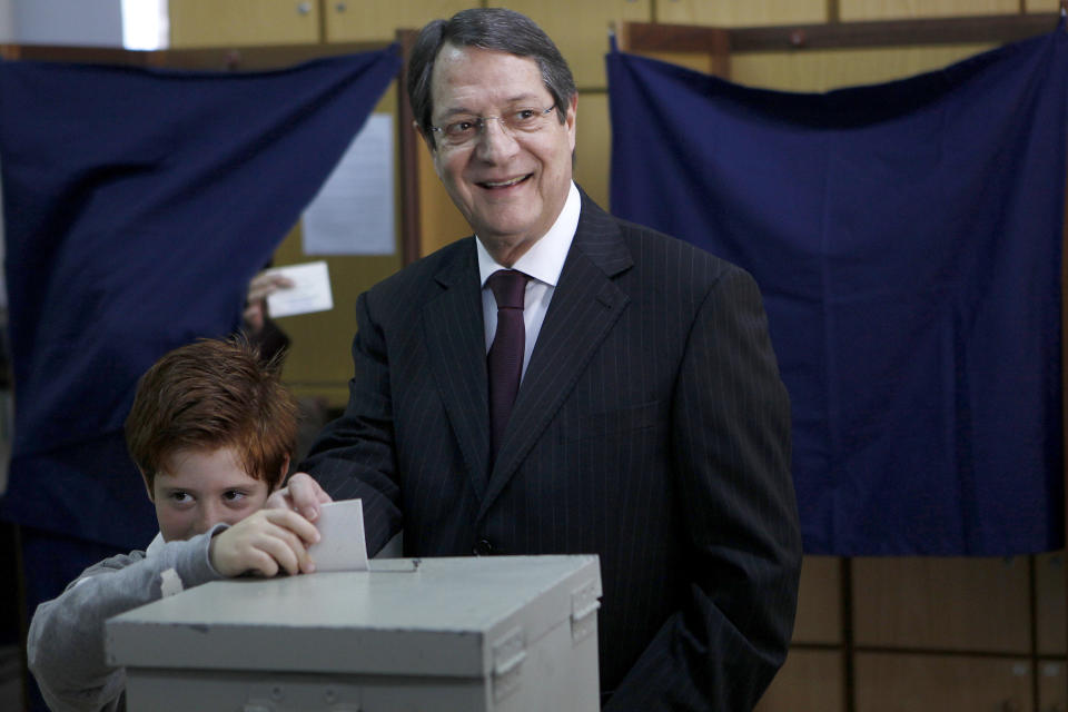 Conservative wins critical Cyprus presidency vote