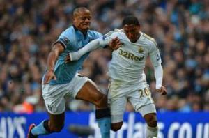 Kompany unconcerned by Manchester City's critics